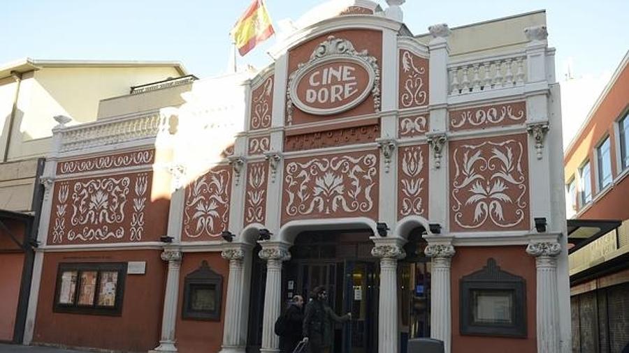 Desinsectación de Chinches de Cama en el Cine Doré