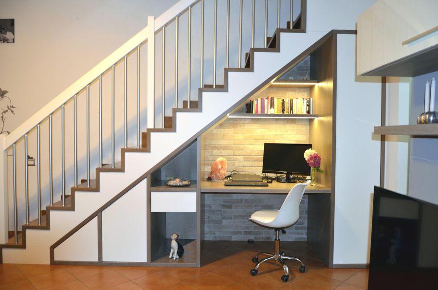 Despacho escalera
