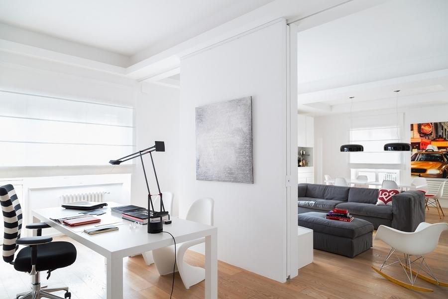 Despacho integrado en salón