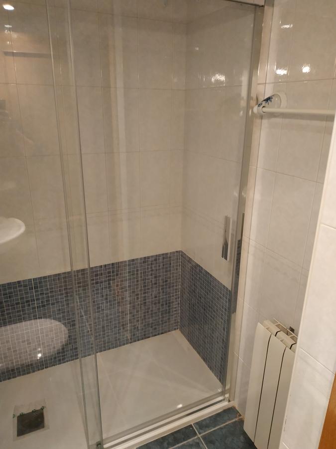 Detalle acabado ducha