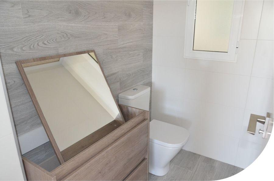 Detalle baño planta baja