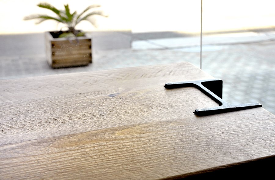detalle constructivo mobiliario industrial