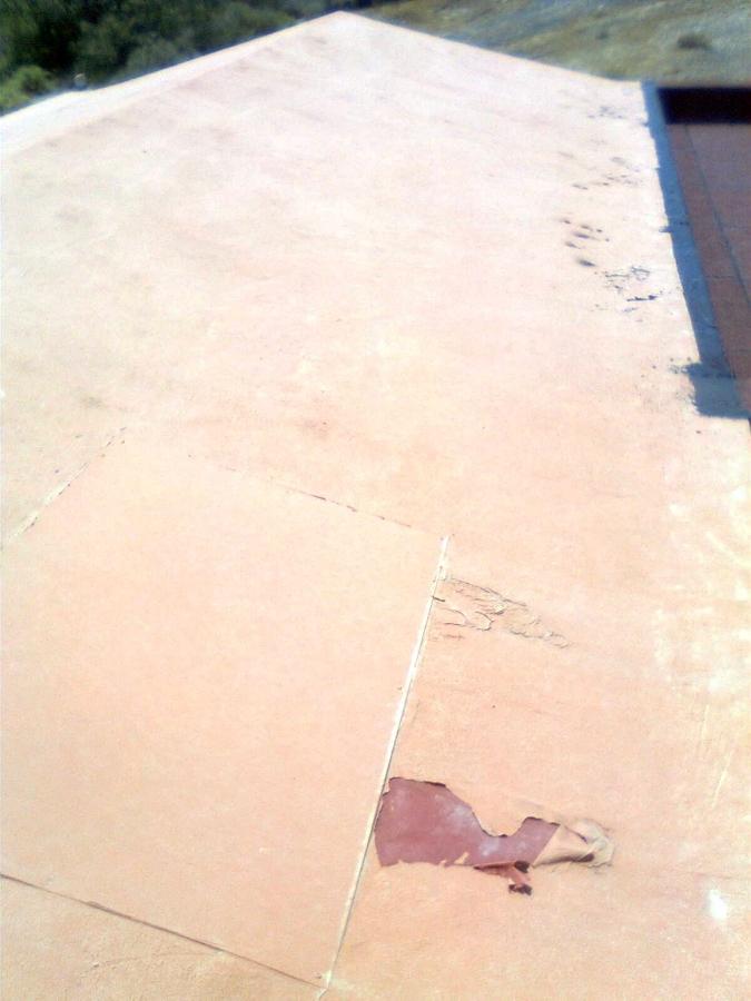 Detalle de daños en cubierta.