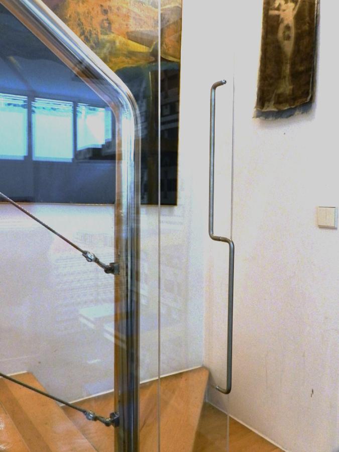 Detalle de puerta corredera