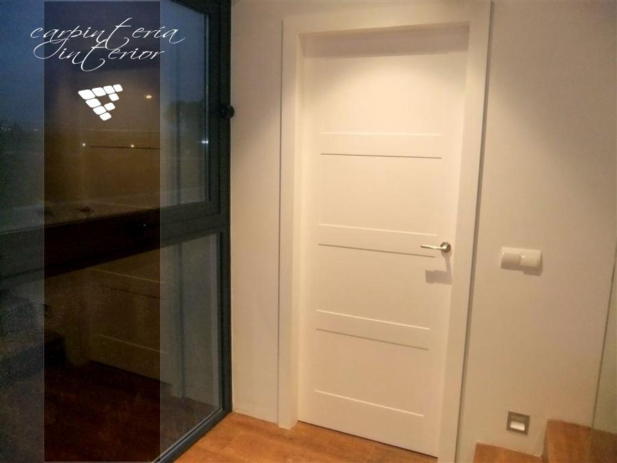 Detalle de puertas instaladas en casa realizada por CEF Valencia