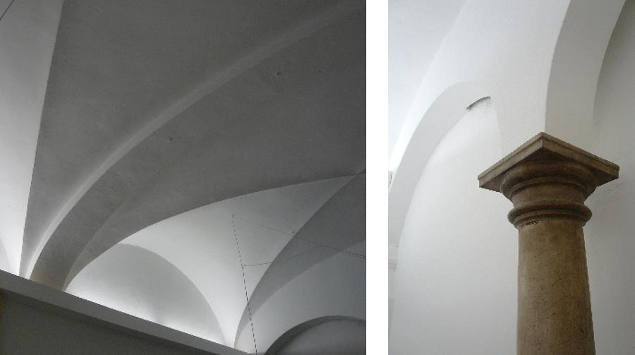 Detalle del Techo abovedado y columna de piedra.