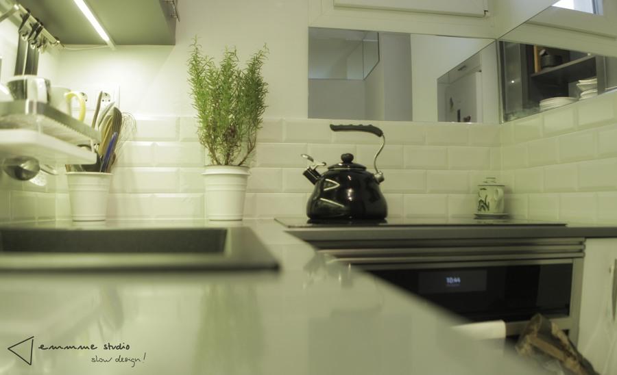 La cocina de Ana y Paul por emmme studio: Detalle encimera