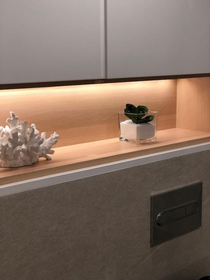 detalle hornacina baño