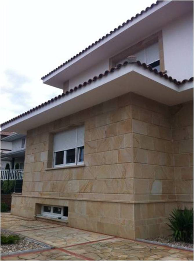 detalle piedra fachada