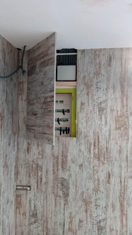 Detalle puerta contador 2