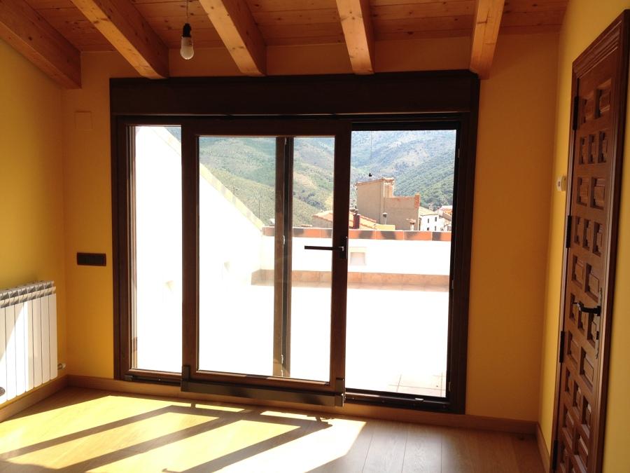 Detalle puerta oscilo-paralela (apertura)