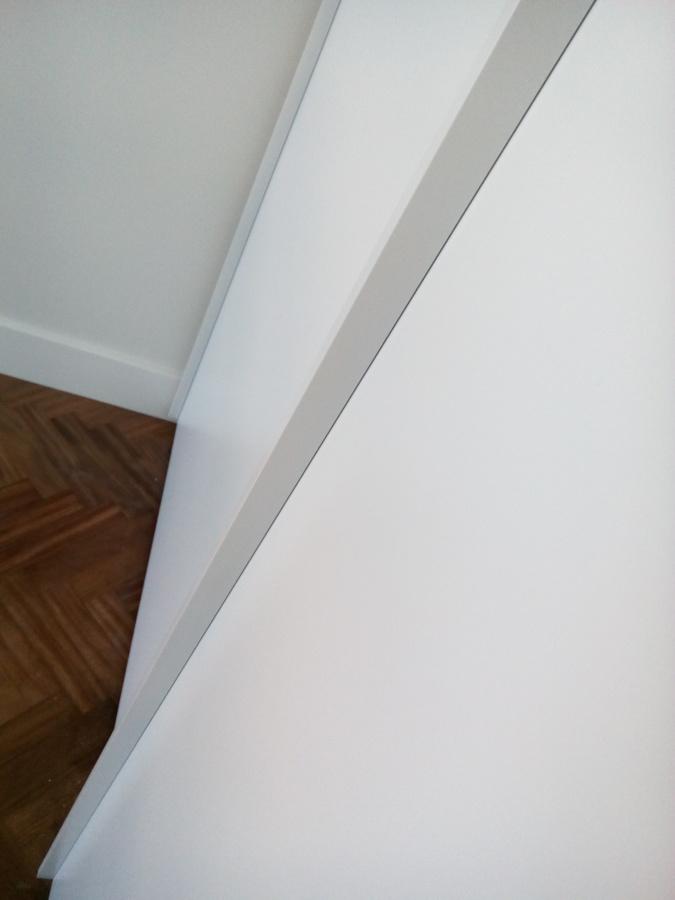 Detalle puertas de armario correderas