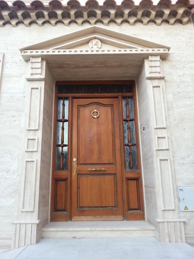 Detalle recercado puerta