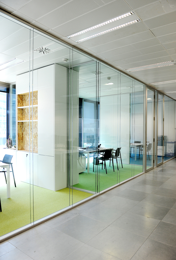 Diagonal Offices