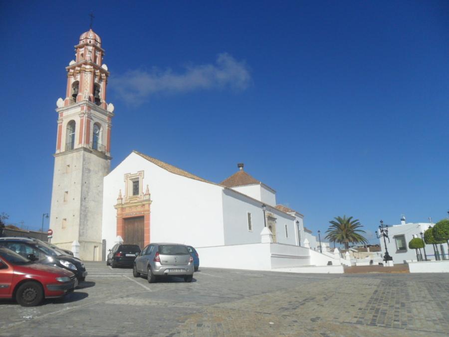 diálogo entre la iglesia del Salvador y la casa