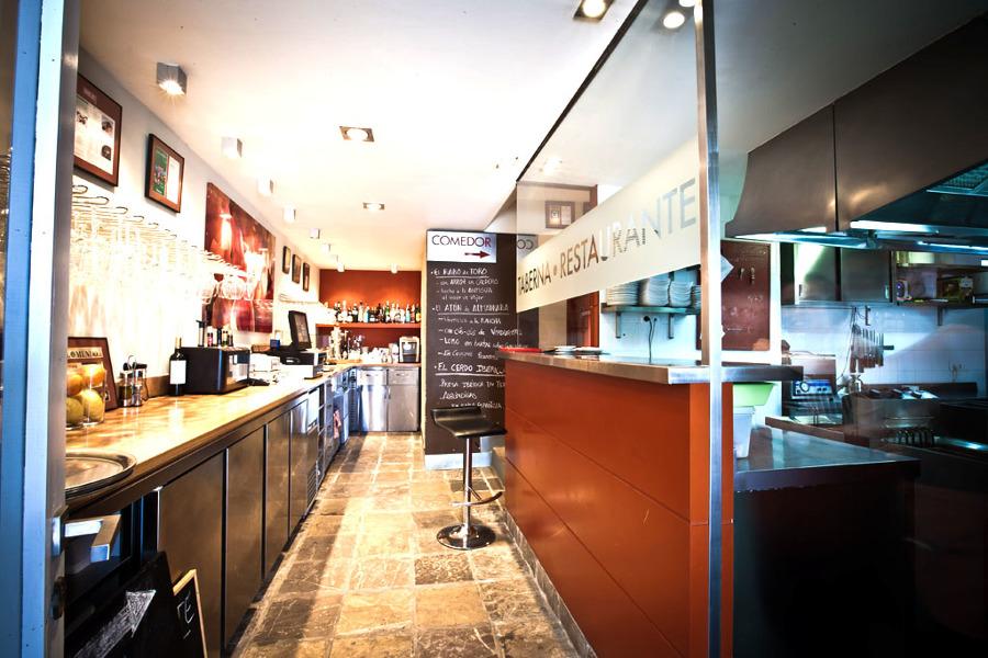 DIF Decor: zona de servicio, restaurante Trafalgar