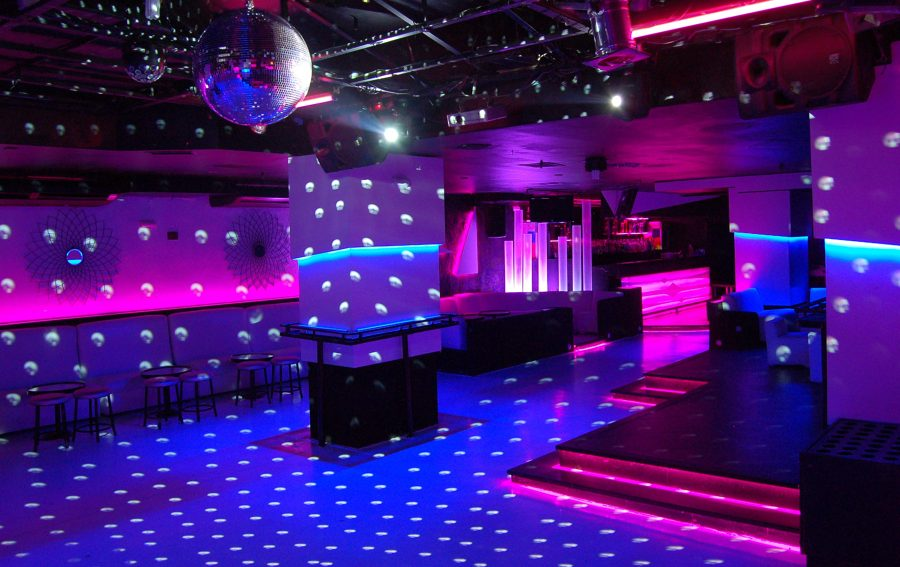 Foto discoteca ozona de francisco silv n arquitectura de for Sala hollywood malaga