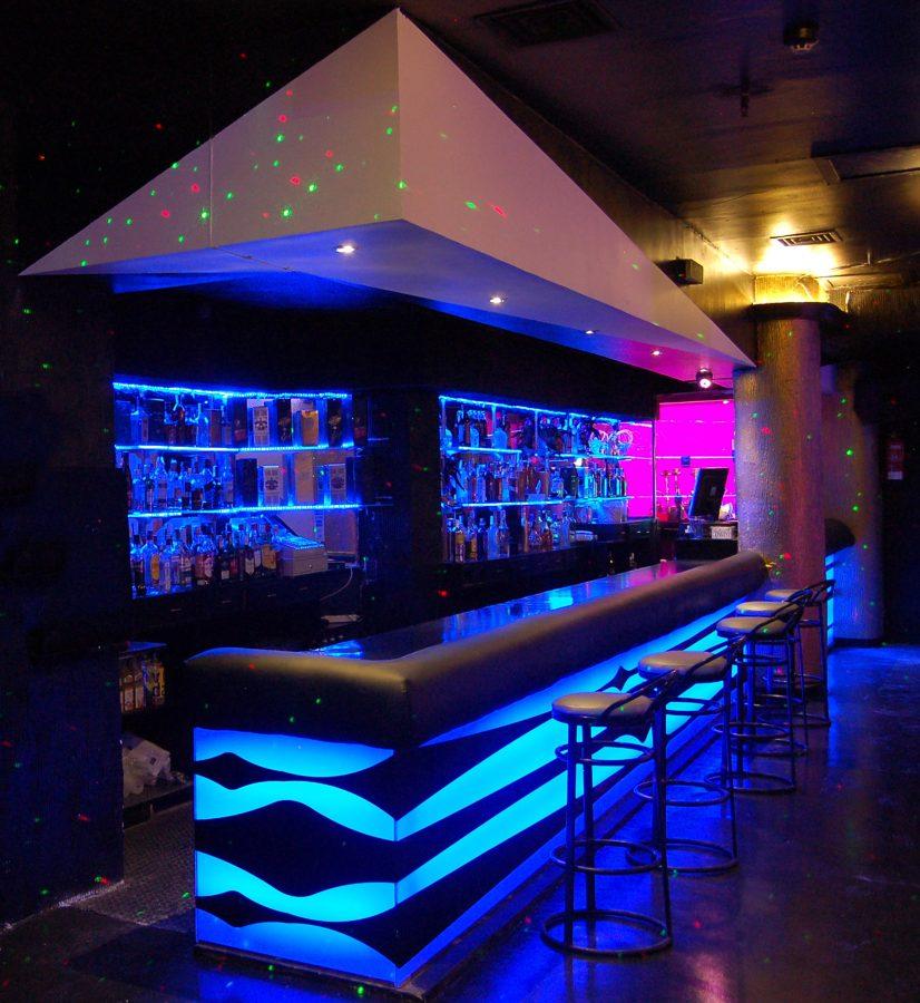 Foto discoteca ozona de francisco silv n arquitectura de interior 615969 habitissimo - Decoraciones de bares ...