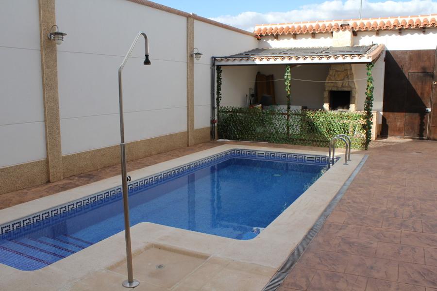Climatizaci n de piscina por paneles de polietileno for Piscinas pequenas de obra