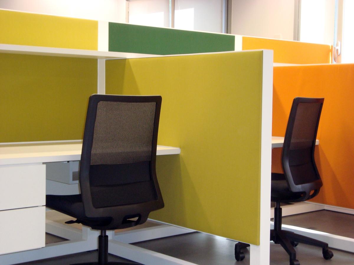 Foto dise o oficinas espacio de trabajo de s lvia r - Trabajo de diseno de interiores ...