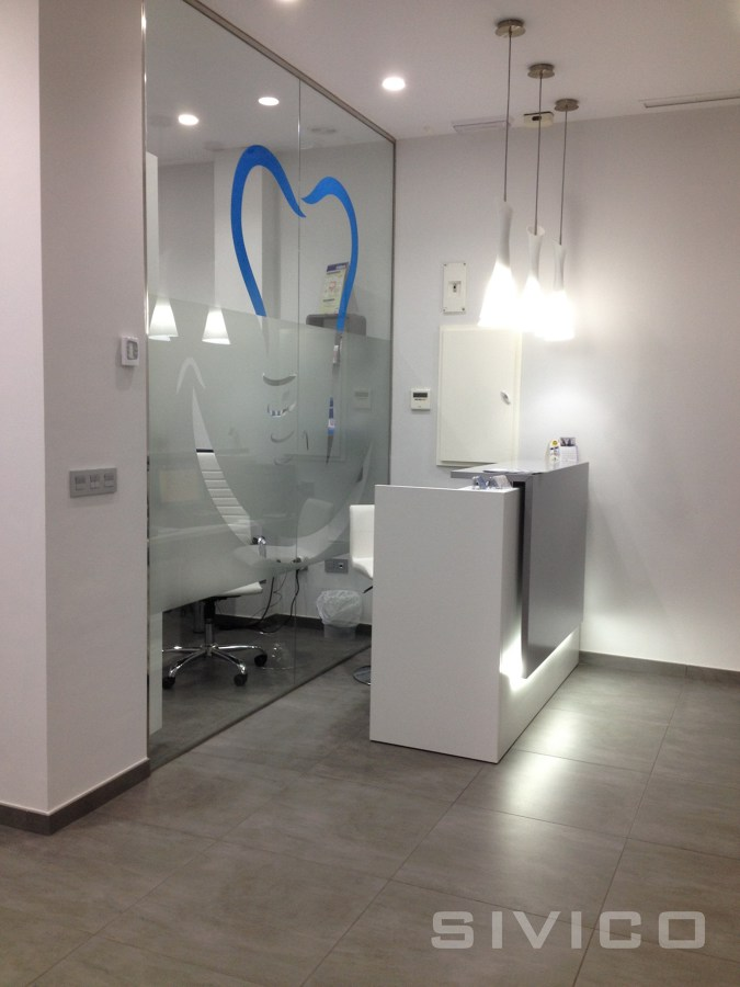 Foto dise o proyecto y reforma integral clinica dental - Decoracion de clinicas dentales ...