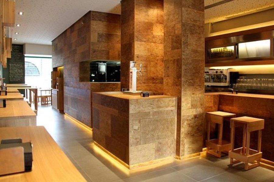 Diseño y apertura de bar con cocina en Sevilla