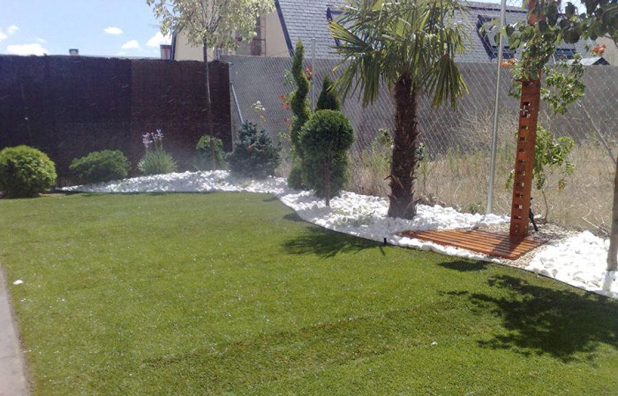 Diseño y ejecución de jardin privado