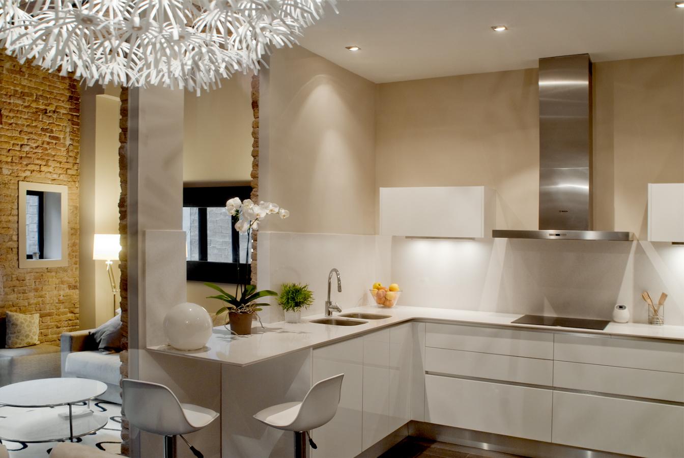 Una reforma low cost y con sorpresa ideas reformas viviendas - Cocinas pequenas decoracion ...