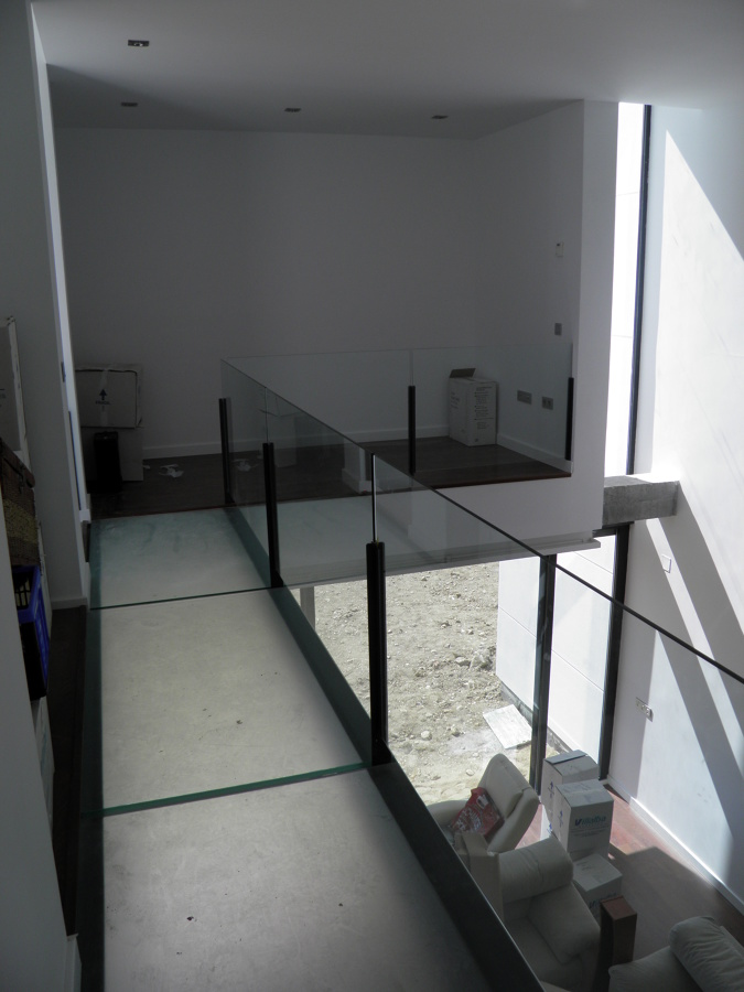 Foto doble altura en sal n de sergio esteban iglesias - Salon doble altura ...