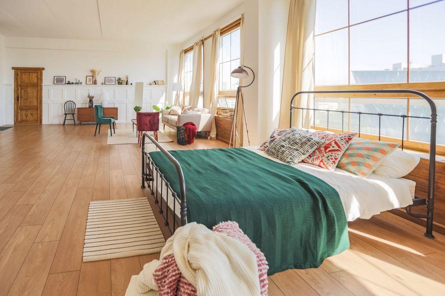 Dormitorio abierto al salón