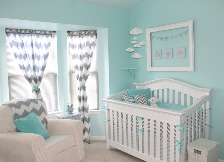 Foto dormitorio bebe en verde agua marina y blanco de for Dormitorios verde agua