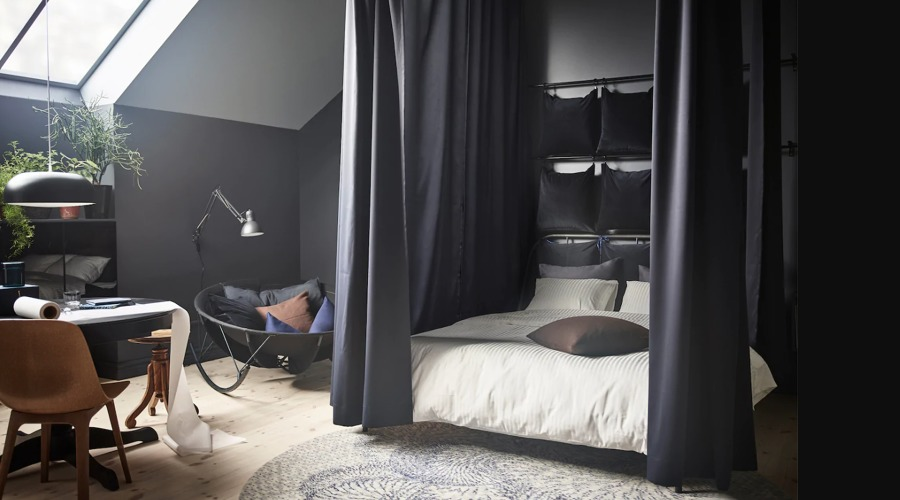 Dormitorio con cama y colchón de IKEA