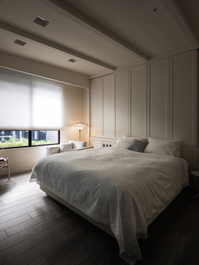dormitorio con estores tipo screen