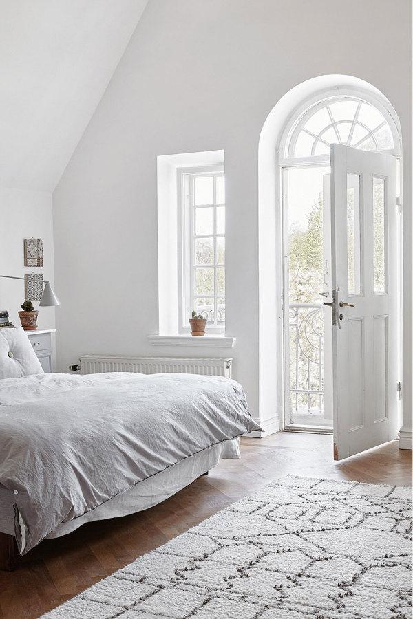 Foto: Dormitorio con Mucha Luz Natural y Grandes ...