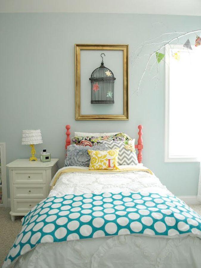 Trae la calma a tu hogar decorando en azul y verde agua for Dormitorio verde agua