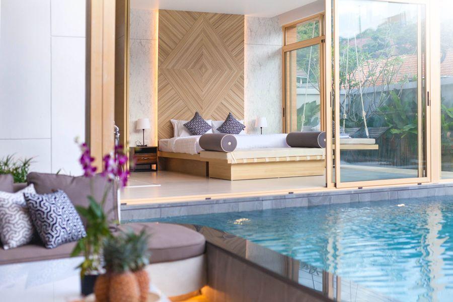 Dormitorio con salida a la piscina