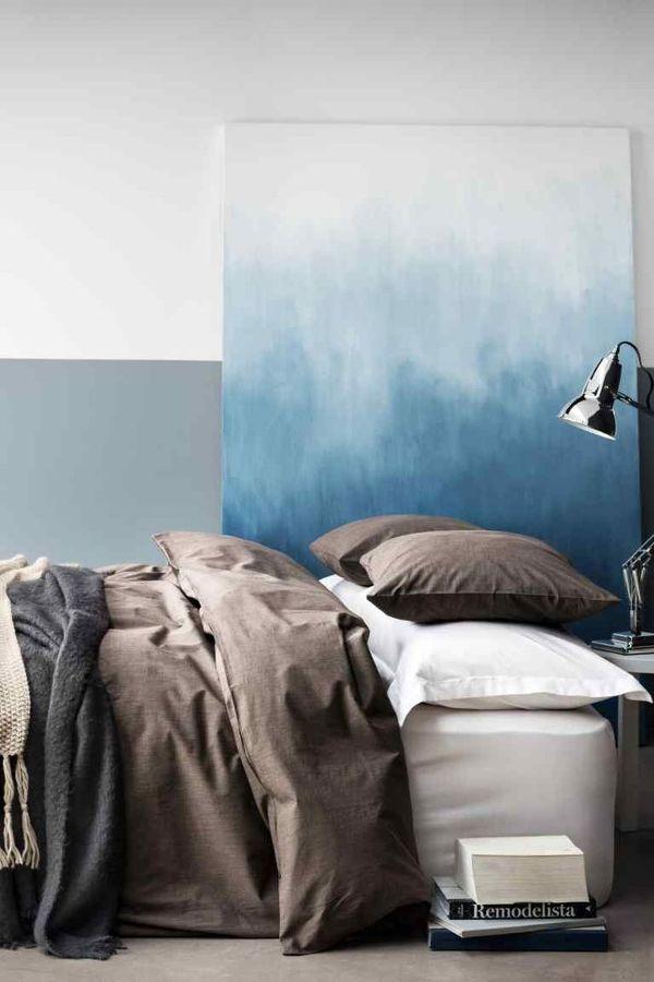 Dormitorio con textiles terracota