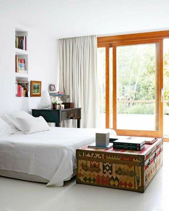dormitorio con ventanas doble cristal y rotura de puente térmico