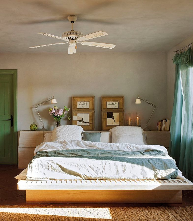 Dormitorio con ventilador