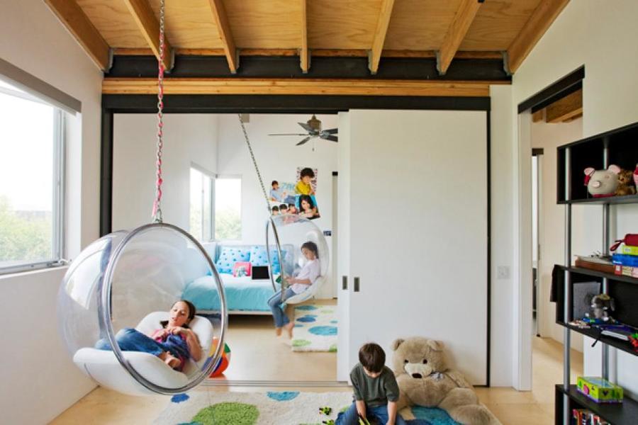 dormitorio con zona de juegos