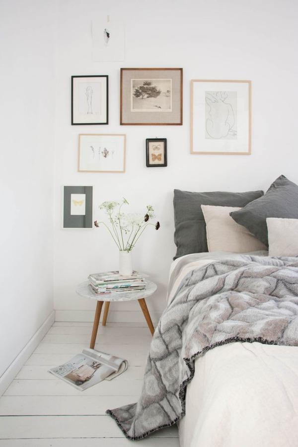 Dormitorio en blanco y pastel