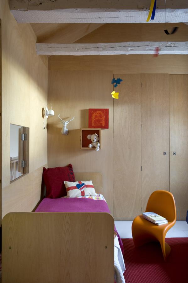 Dormitorio infantil de madera