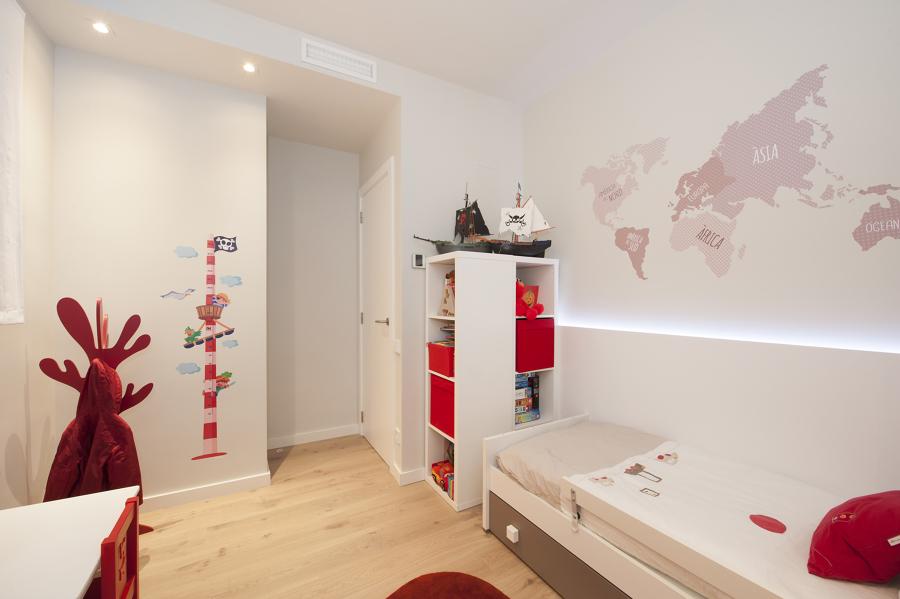 Dormitorio infantil decorada con vinilos | Sincro