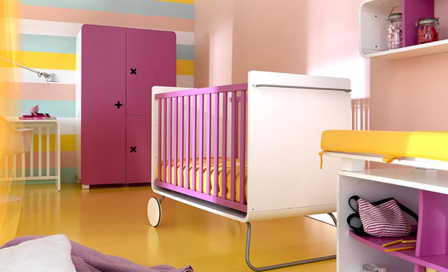Foto dormitorio infantil rosa y amarillo de arquitectos madrid 2 0 928706 habitissimo - Dormitorios infantiles granada ...