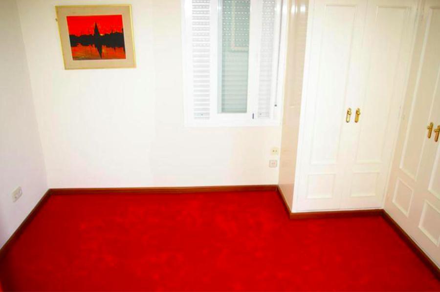 Proyecto de reforma apartamento puerto banus ideas for Dormitorio invitados