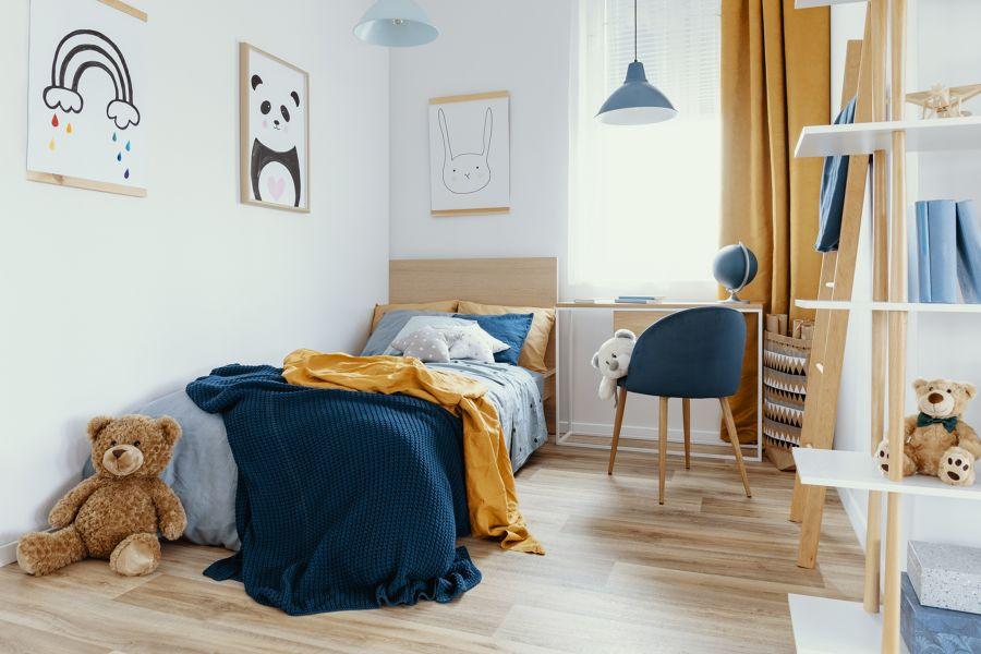 Dormitorio juvenil en azul y amarillo
