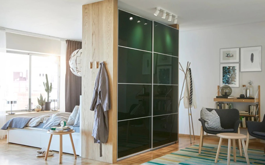 Dormitorio moderno con armario