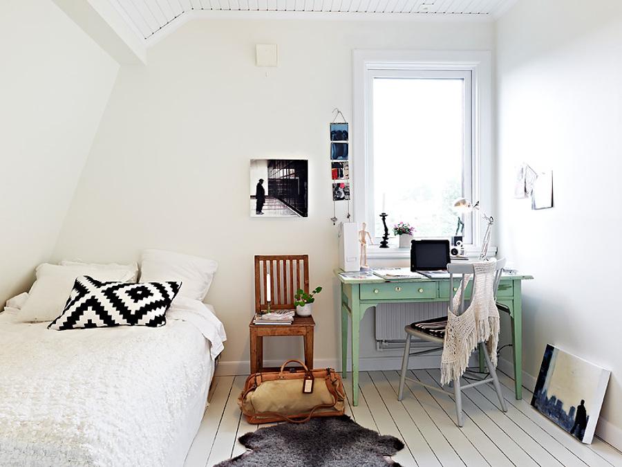 dormitorio nrdico con escritorio