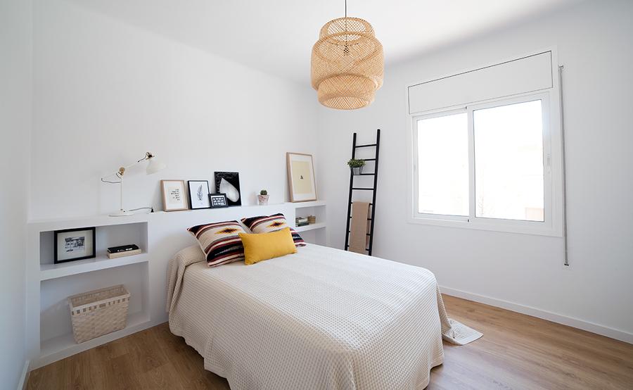 Las 6 mejores reformas de menos de 65m ideas arquitectos for Dormitorios juveniles nordicos