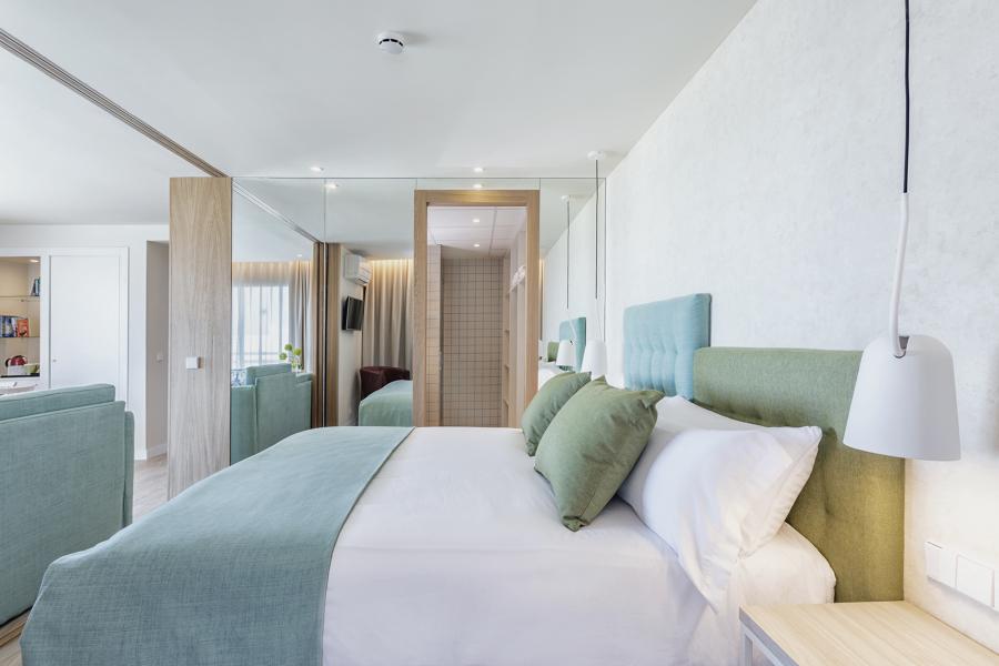 Dormitorio suite Hotel Palmasol